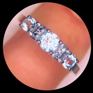 Jewelry - White gold and topaz ring size 8
